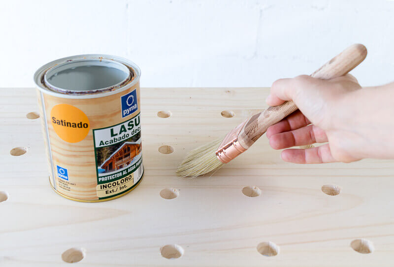 manomano mano mano the handy diy do it yourself projects build make do pegboard varnish