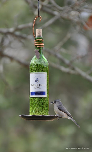 8 Simple Ways to Make a DIY Bird Feeder home made bird feeders easy simple make your own handy mano manomano wine bottle